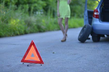 タイヤ破損のイメージ画像