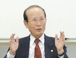 客員弁護士 川本隆