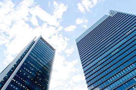 近代的なビルのイメージ画像