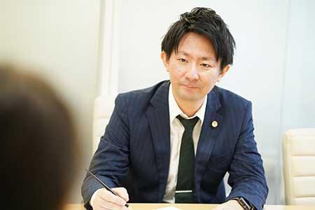 弁護士 本村安宏