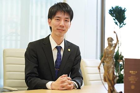 弁護士小幡